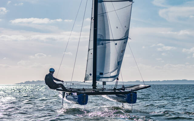 Catamaran foiler Befoil