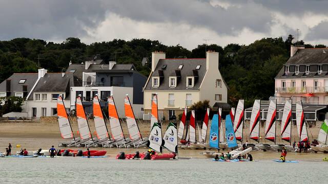 La flotte sur la plage du Cap Coz
